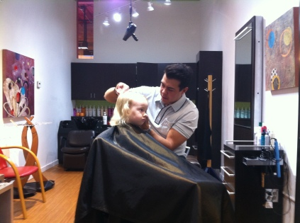 Mario cutting Maria's hair